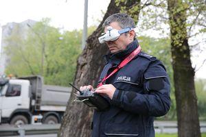 Testy drona do nadzoru ruchu drogowego